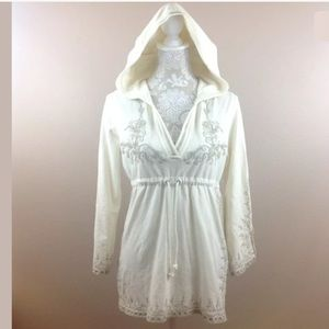 Lucky Brand Embroidered Ivory Hoodie sz S